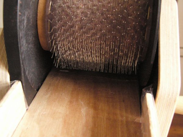 Louet Junior drum carder with home-made feed-in tray